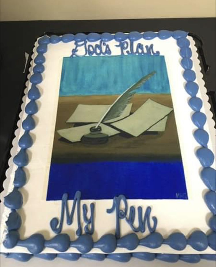 "Cake displaying ""God's Plan, My Pen"" at MidSouth Christian Writers' Conference"